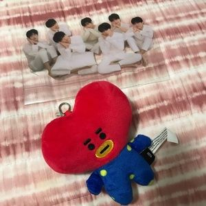 Bt21 Unofficial Tata Keychain/ official BTS Stand.